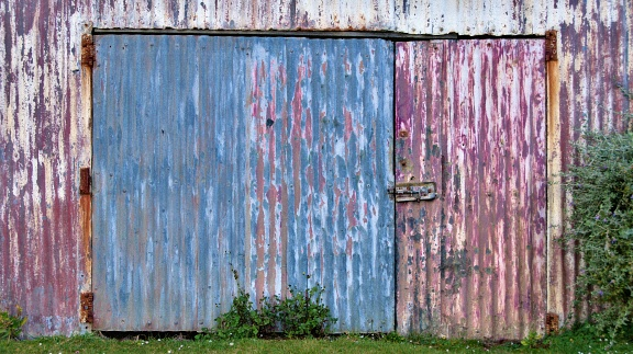 Corrugated iron gate