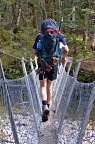 Crossing wire bridge